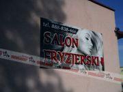 salon-fryzjerski-szyld-blacha-styrodur.jpg