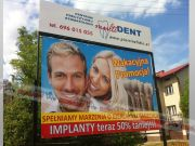 reklama_wolnostojaca_multident.jpg